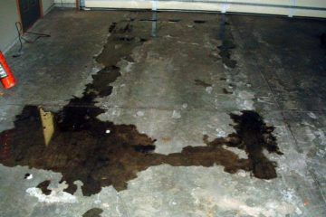 top-tricks-cleaning-oil-stains-garage-floor-cement